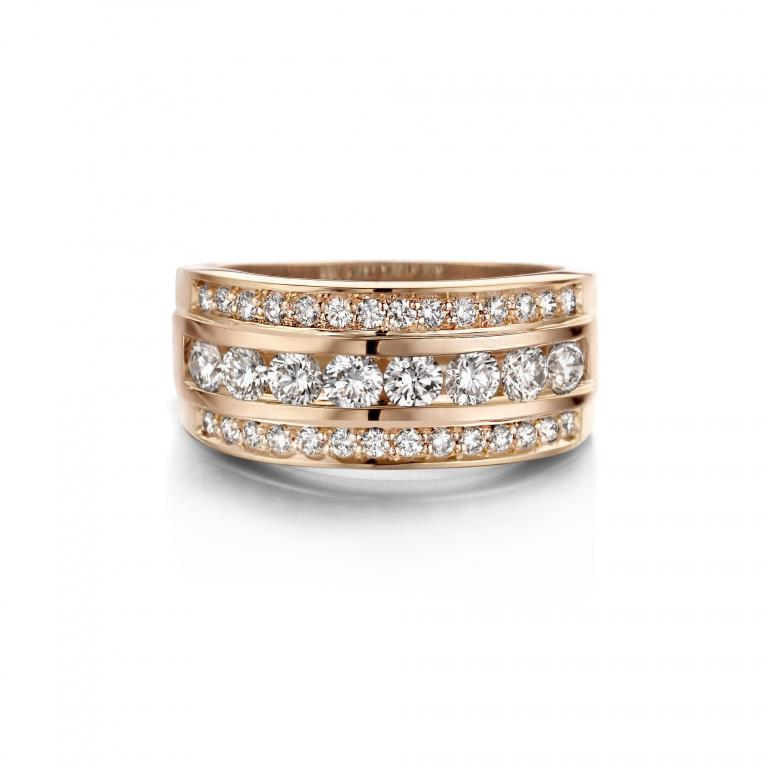 BARBARA ring diamonds